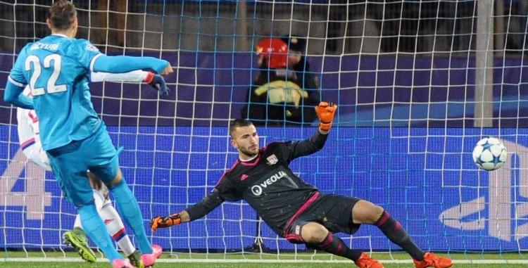 Les Lyonnais perdent encore en Ligue des Champions